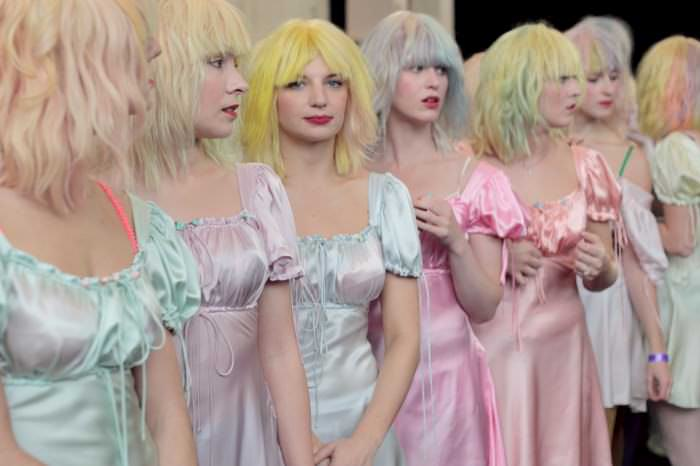 meadham backstage 06