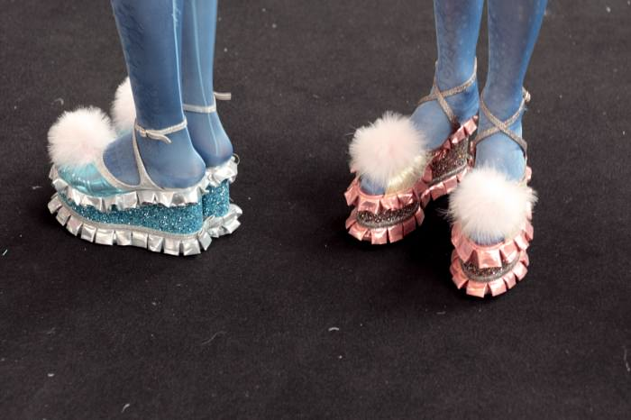 meadham backstage 09