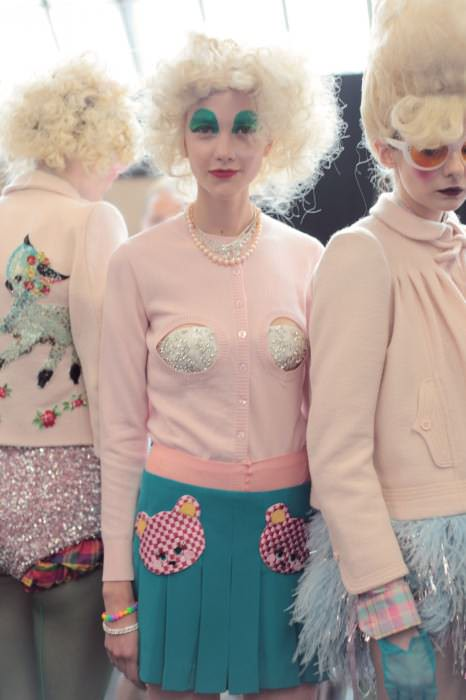 meadham backstage 34