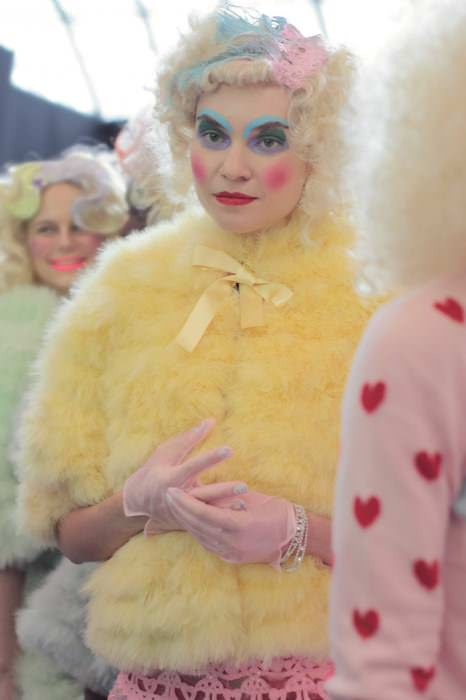 meadham backstage 35