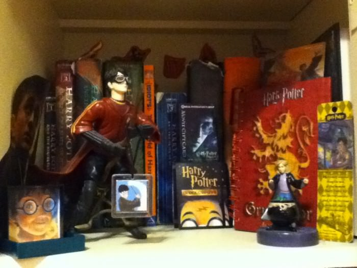 harry potter READERSHRINESFEB2012