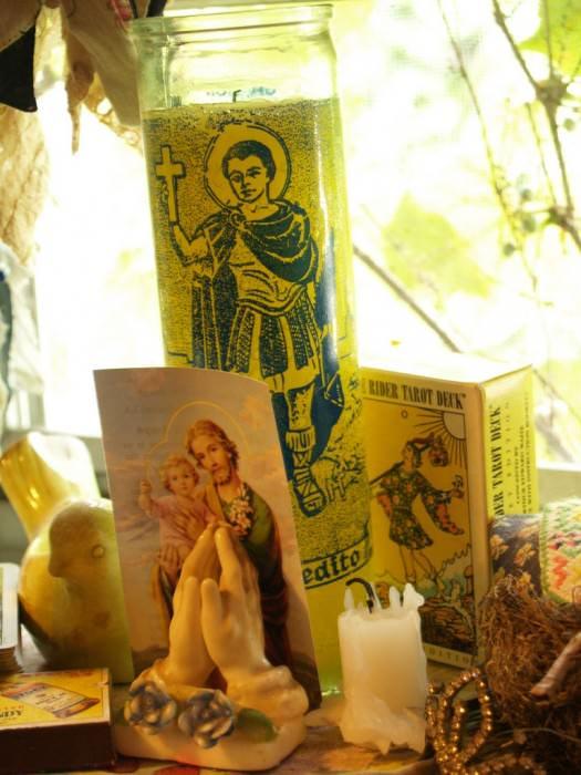 tarot READERSHRINESFEB2012