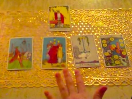 Sunday Video: Tarot 101