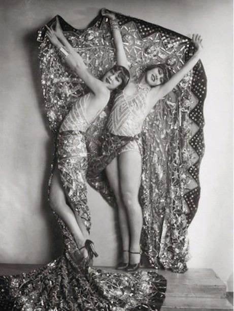 Chorus girls in the revue Wien lacht wieder, Stadttheater, Vienna, 1929.