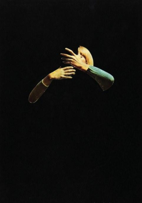 """""""L'Oubli d'être en Vie"""" by Marcel Mariën, 1967. Image via Pictify."""