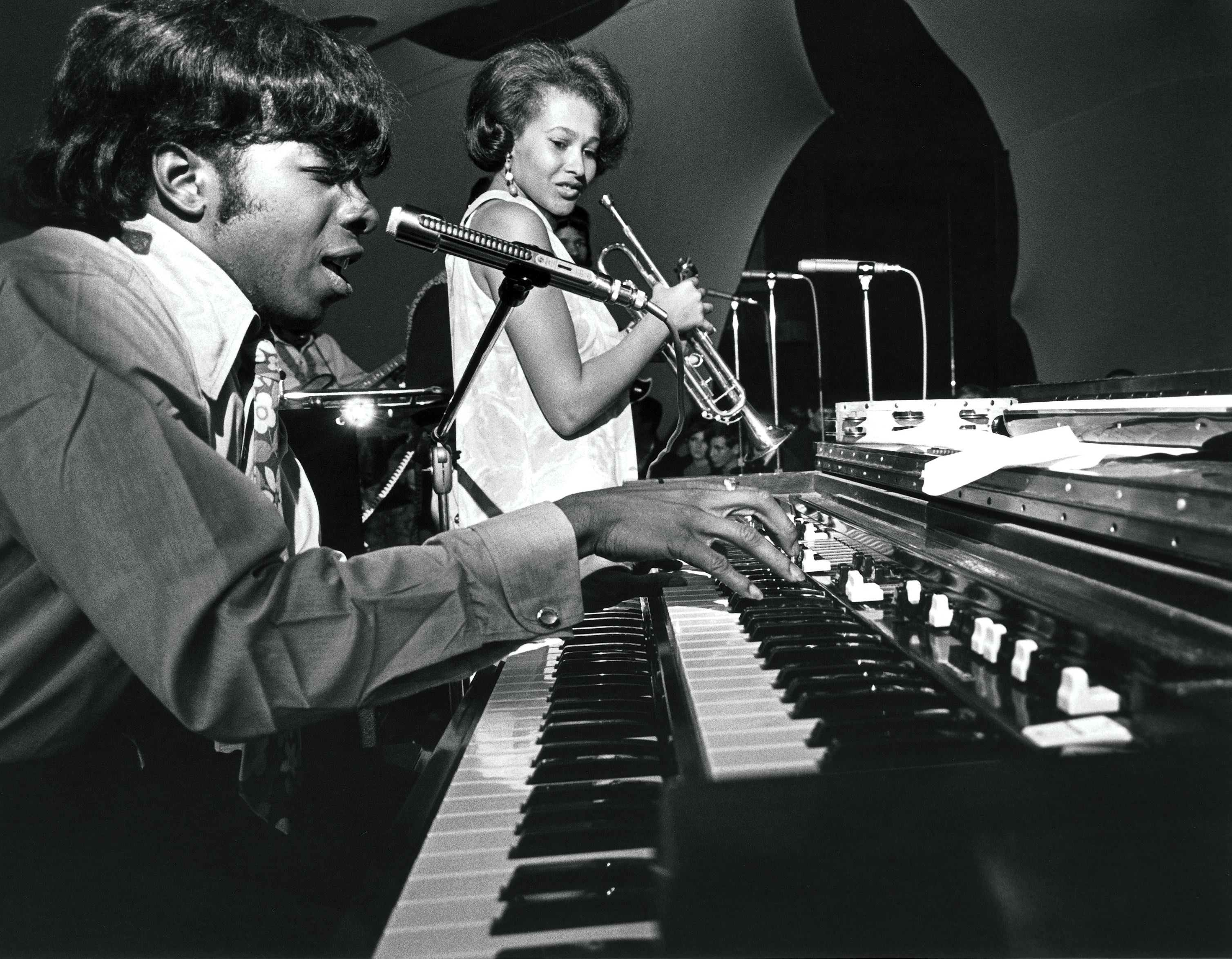 MUERE CYNTHIA ROBINSON, TROMPETISTA DE SLY AND THE FAMILY STONE