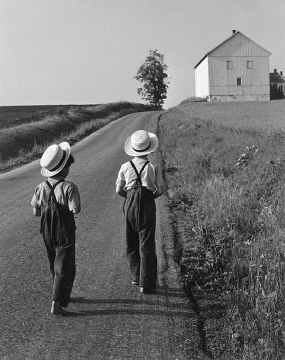 Two Amish Boys, 1962. Photo by George Tice, via The Bohmérian.