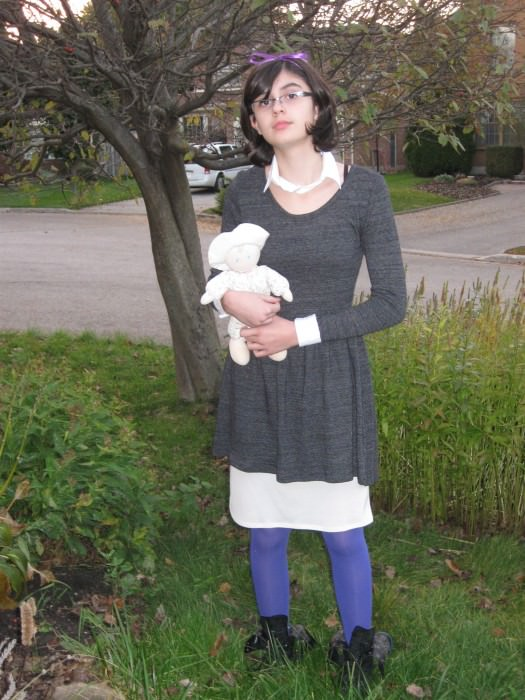 Alexia as Violet Baudelaire.