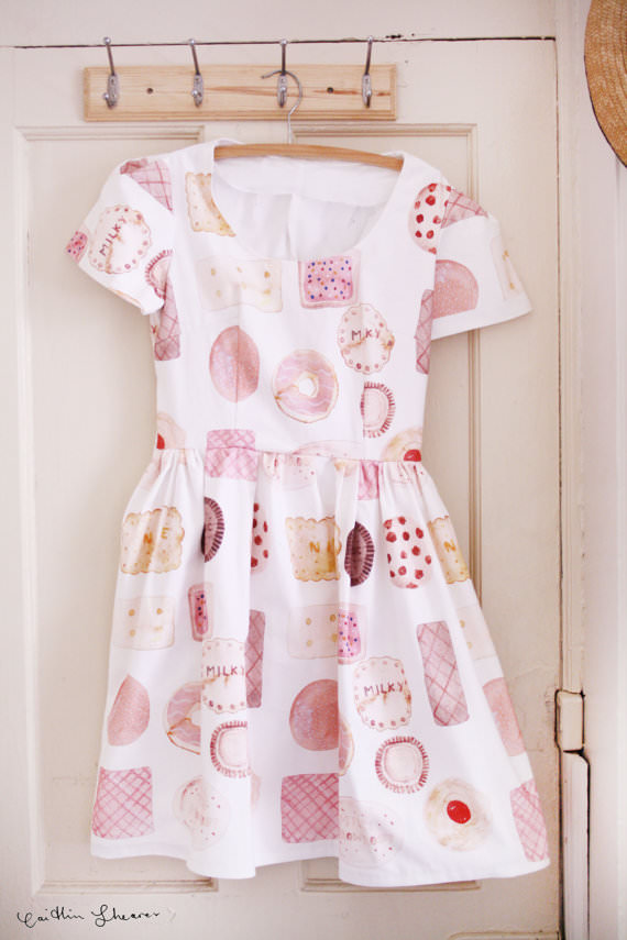 11 biscuits dress
