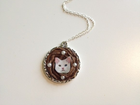 finished cat necklace-updated
