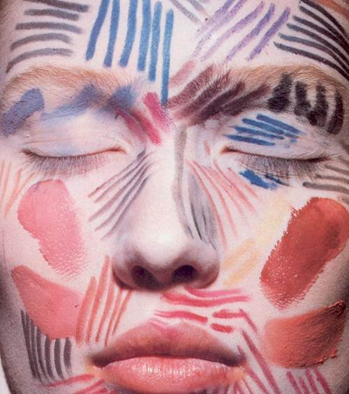 Portion of a photo by Sheila Metzner and Irving Penn for U.S. Vogue, October 1984, via the Fashion Spot forums.