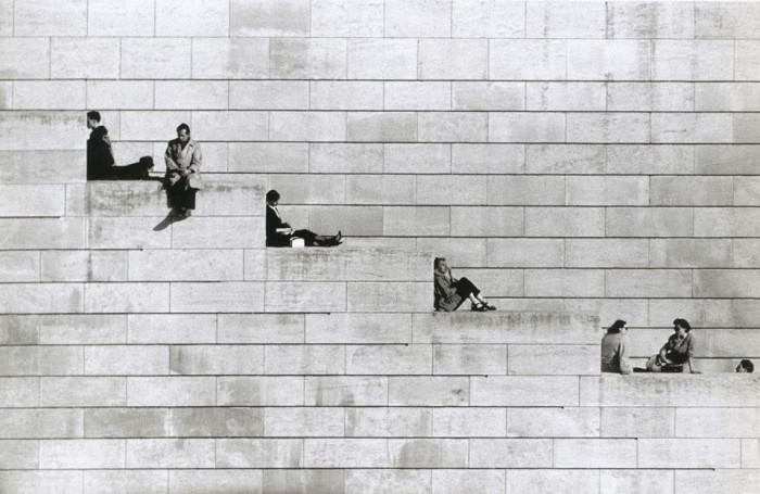 Diagonal Steps (1953, Paris) by Robert Doisneau,  via Vintage Photos.