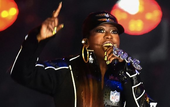 Photo of Missy Elliott performing at the 2015 Super Bowl, via RapUp.