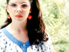 Heather Matarazzo as Dawn Weiner in Welcome to the Dollhouse (1995), via Pinterest.
