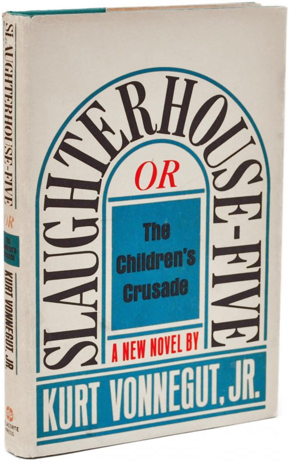 Cover of Slaughterhouse-Five by Kurt Vonnegut with cover design by Paul Bacon.