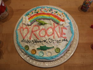 Personalize a Cake for a Pal