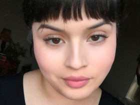 Makeup Trick: Renoir Blush
