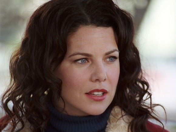 Lauren Graham as Lorelai Gilmore in Gilmore Girls.