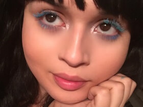 Makeup Trick: Color-Block Eyelashes