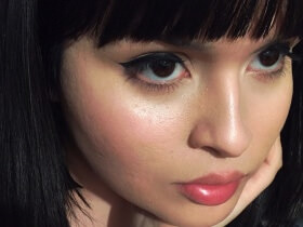 Makeup Trick: Instant Illumination