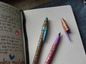 DIY Glitter Pens