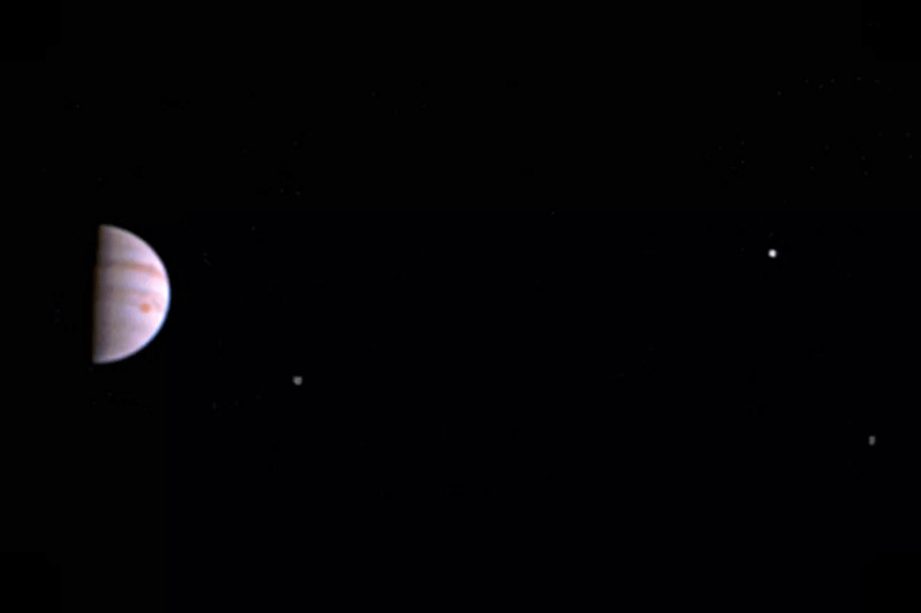 Photo via NASA.