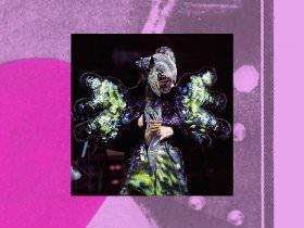 Daily Links: Björk's Virtual Reality Edition