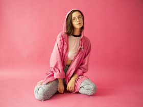 Stef Chura: Thin