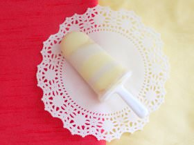 How to Make Lemon Bar Popsicles